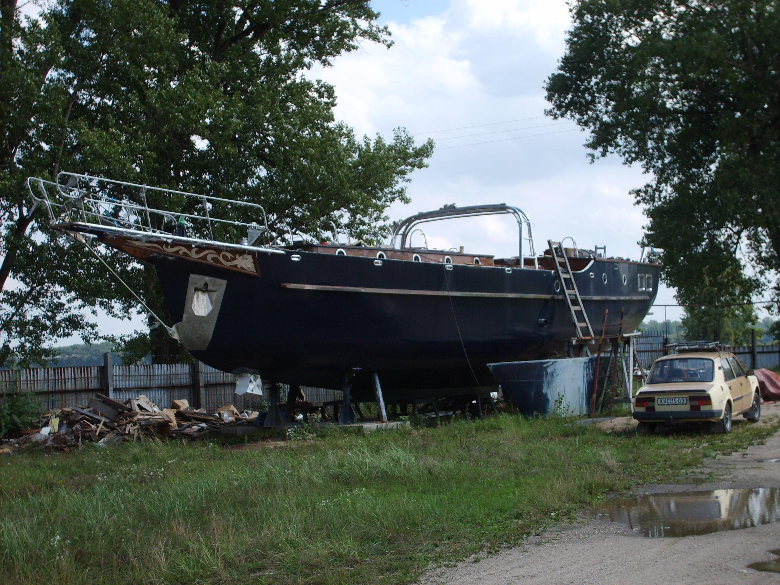 building a sailboat - Khafre