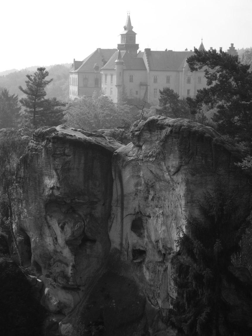 Free photo: Hrubá skála Castle