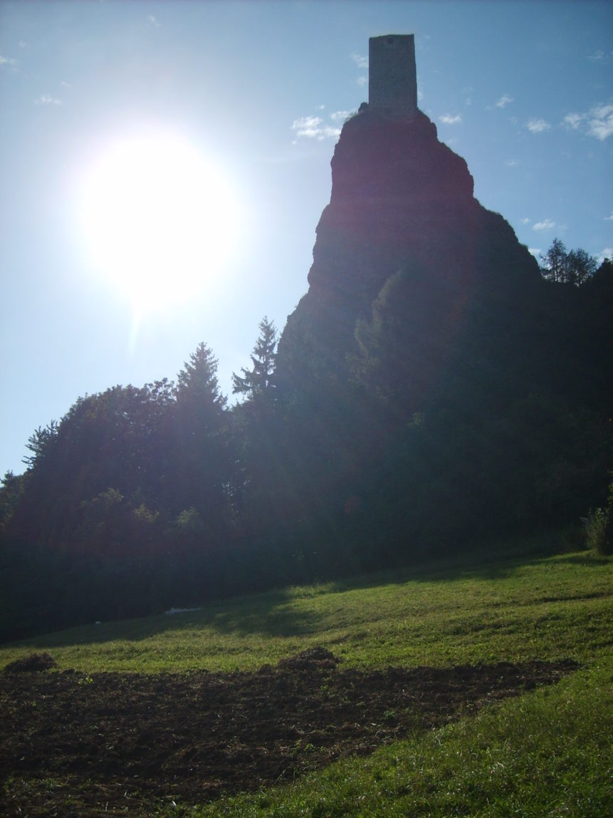 Free photo: Trosky castle