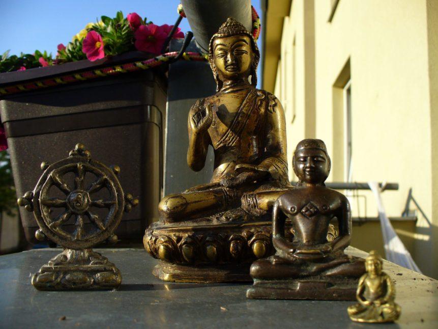 Free photo: Buddhas Statues