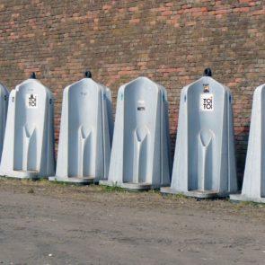 Mobile Toilets For Men
