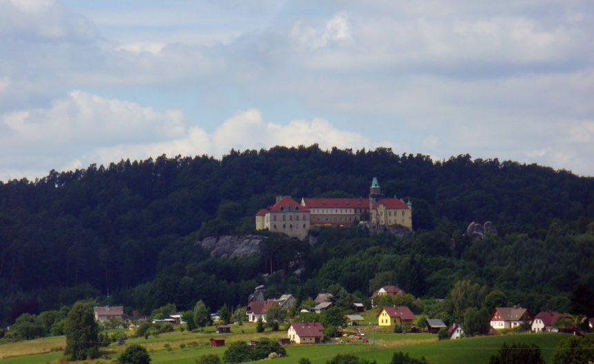 Free photo: View To Hruba Skala Castle