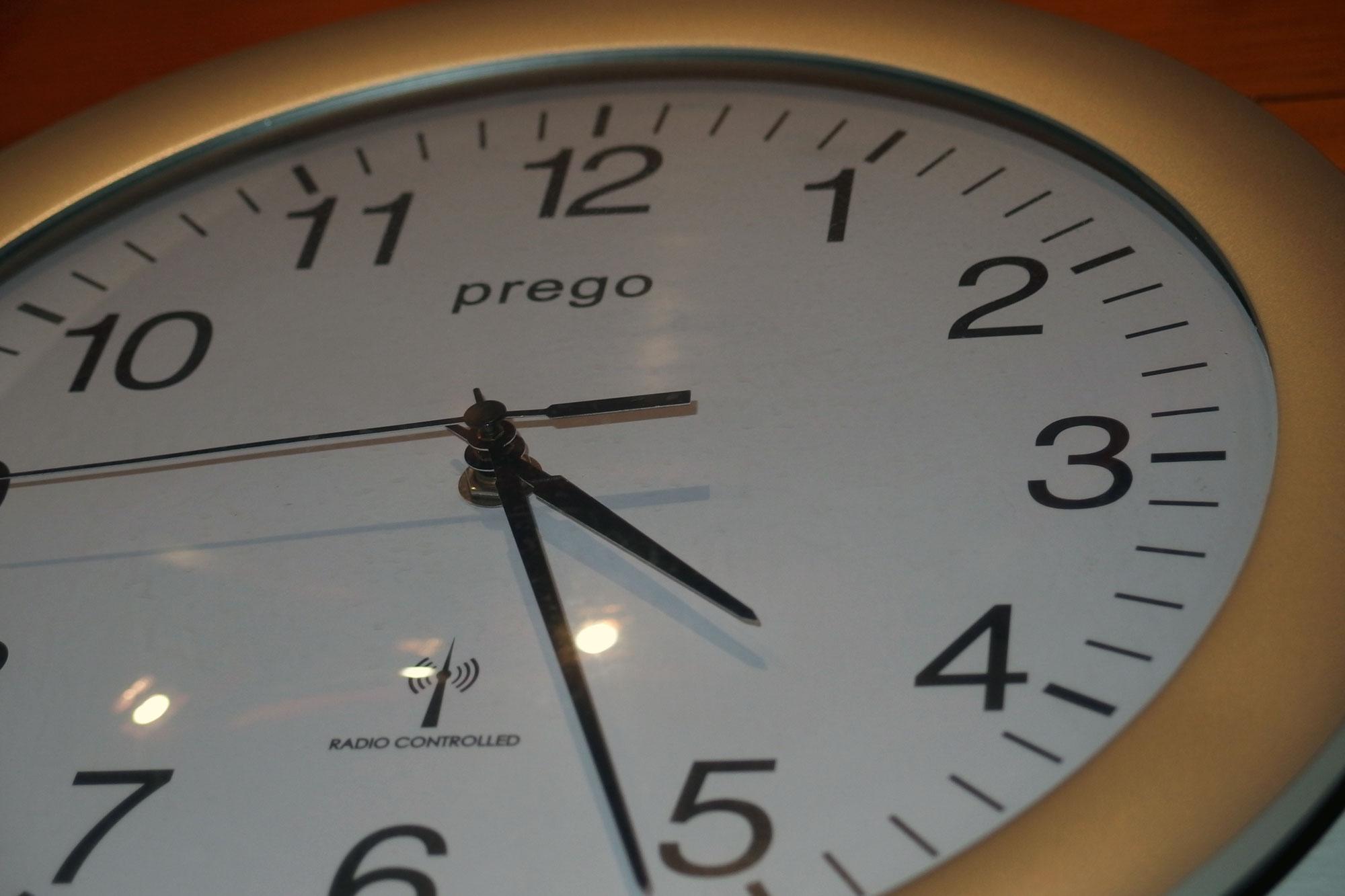 Wall Clock | FREE image on LibreShot