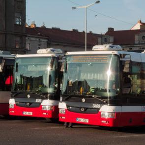 Public domain free image: Waiting buses