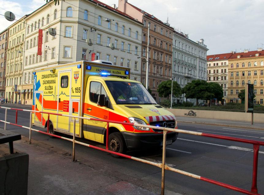 Ambulance In The City - FREE image on LibreShot