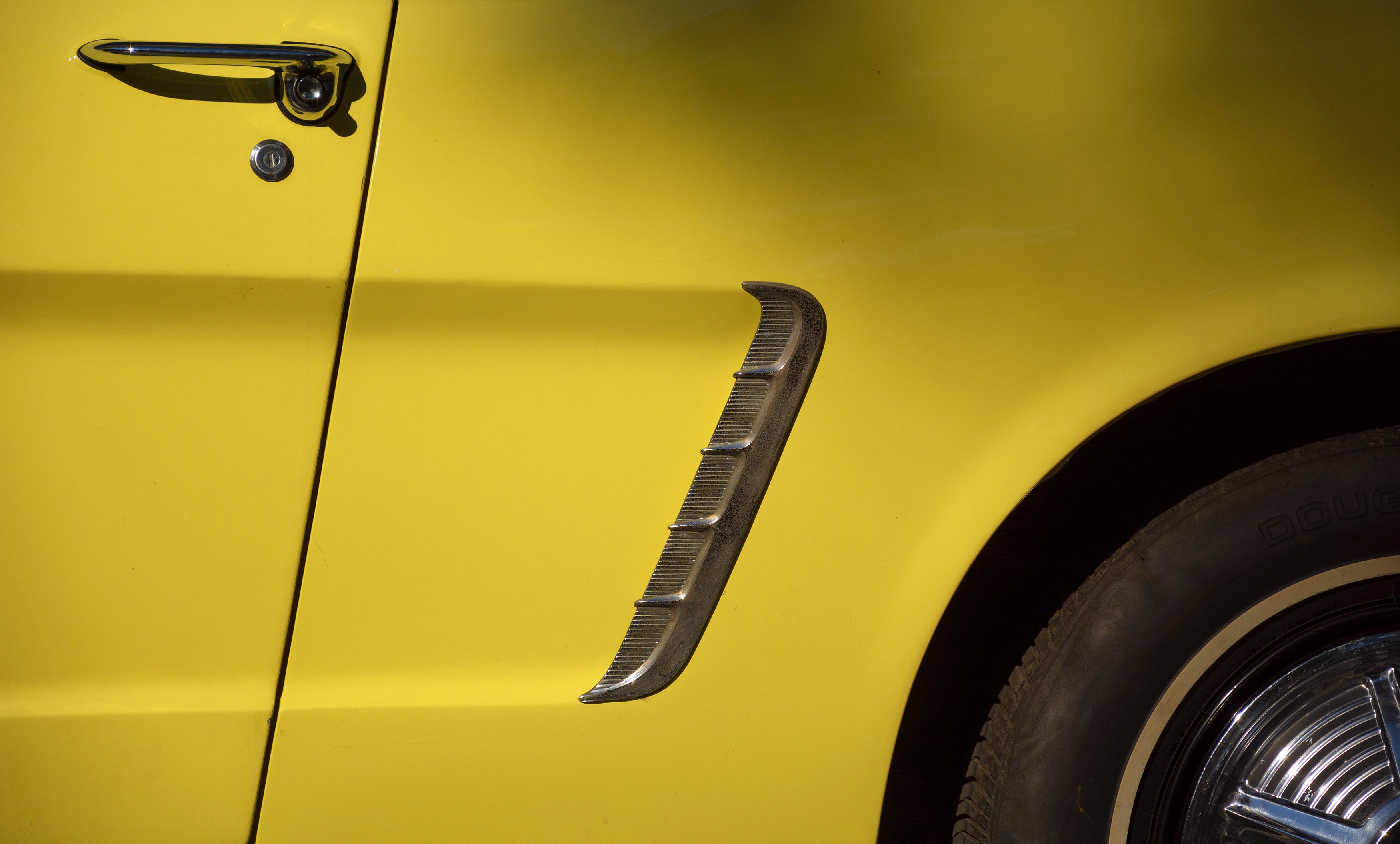 FREE IMAGE: Classic Yellow Car Detail - Libreshot Public Domain Photos