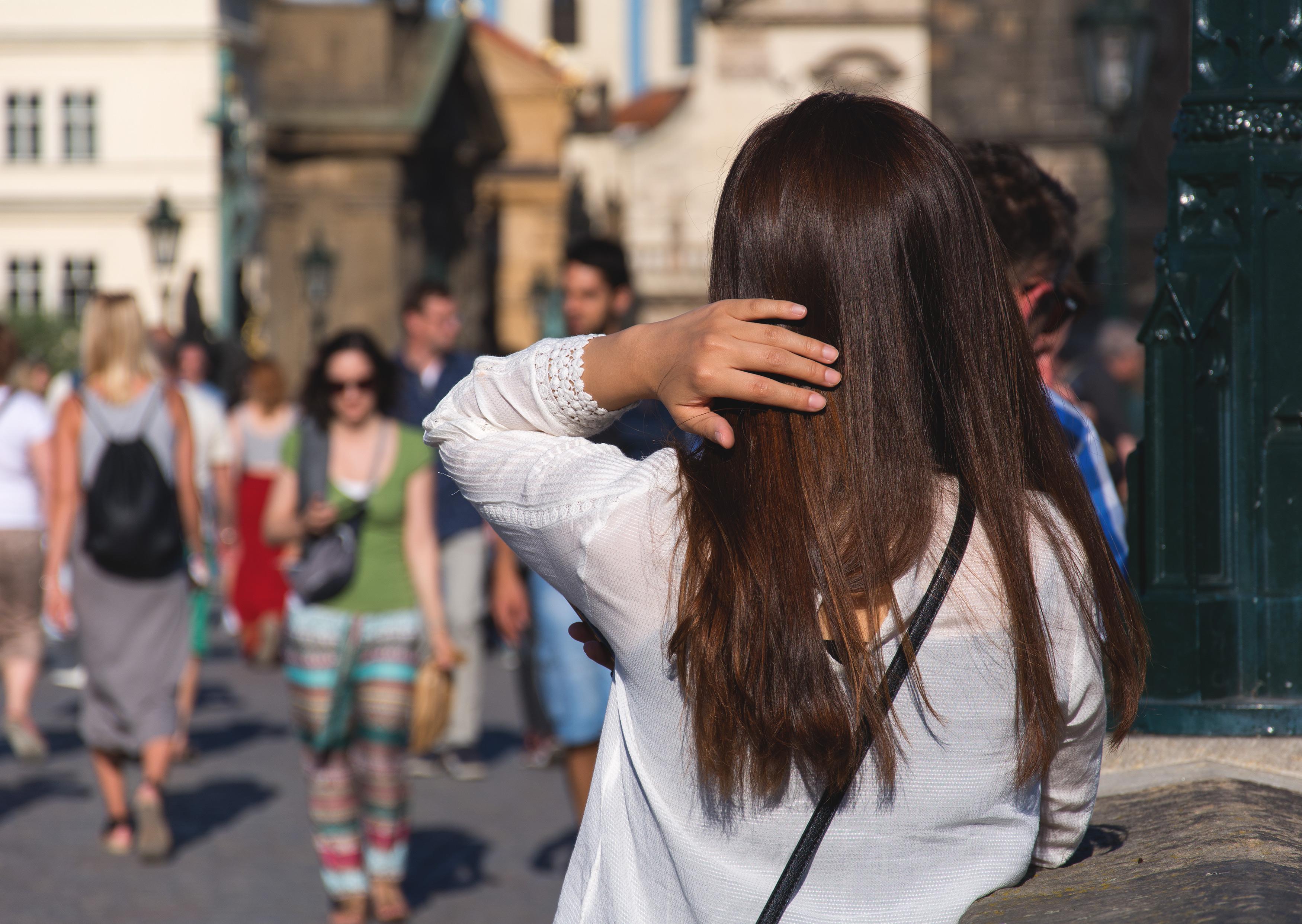 Brown hair woman | Free Stock Photo | LibreShot