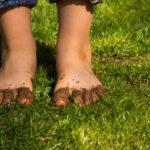 Muddy children feet