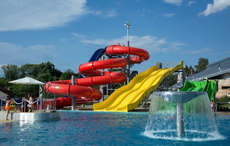 Aquapark Sliders With Pool