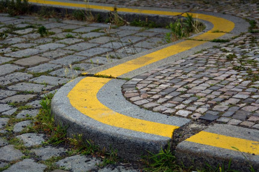 sidewalk curb
