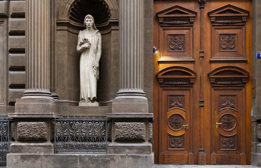 vintage wooden door in prague