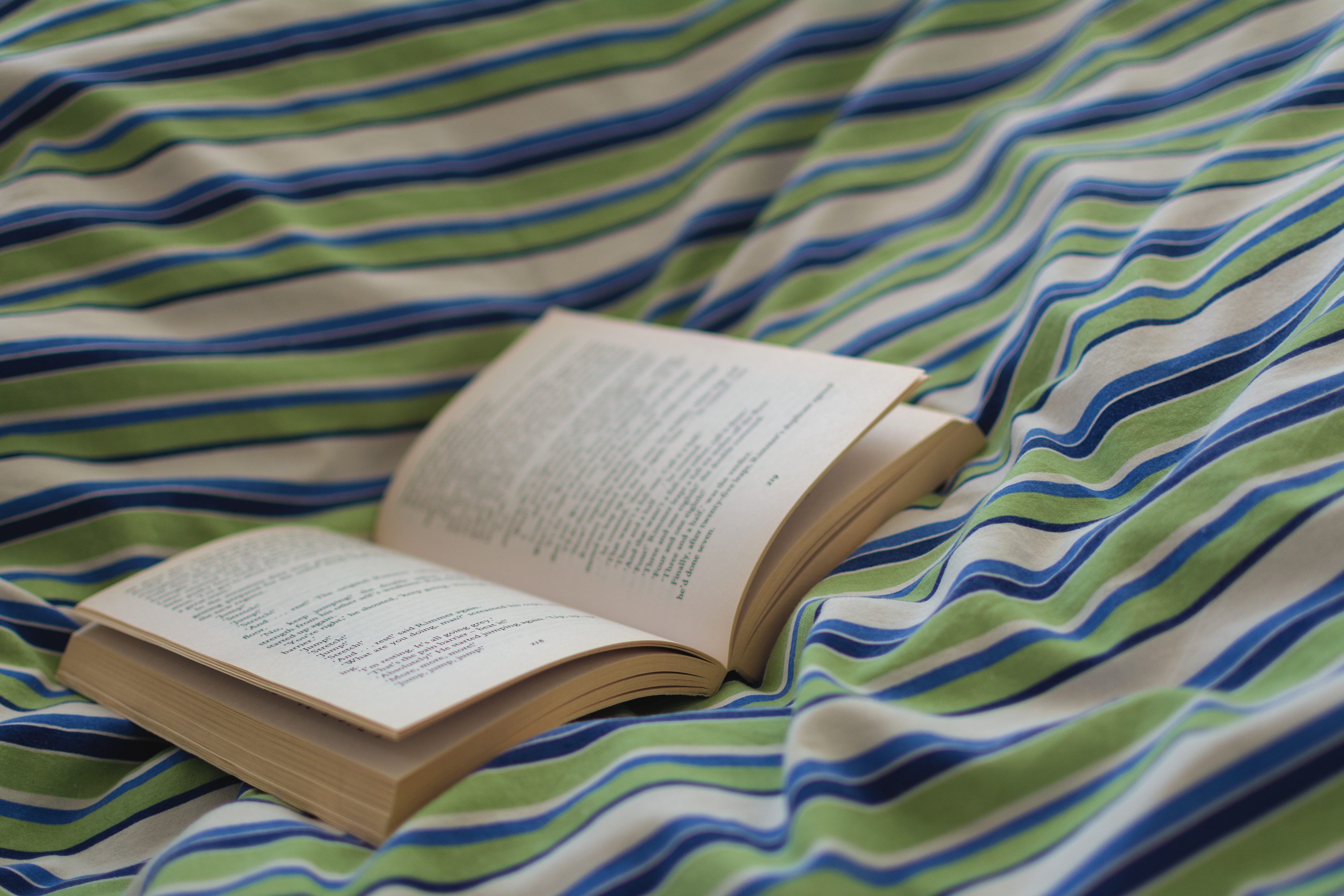 free image open book in bed libreshot public domain photos