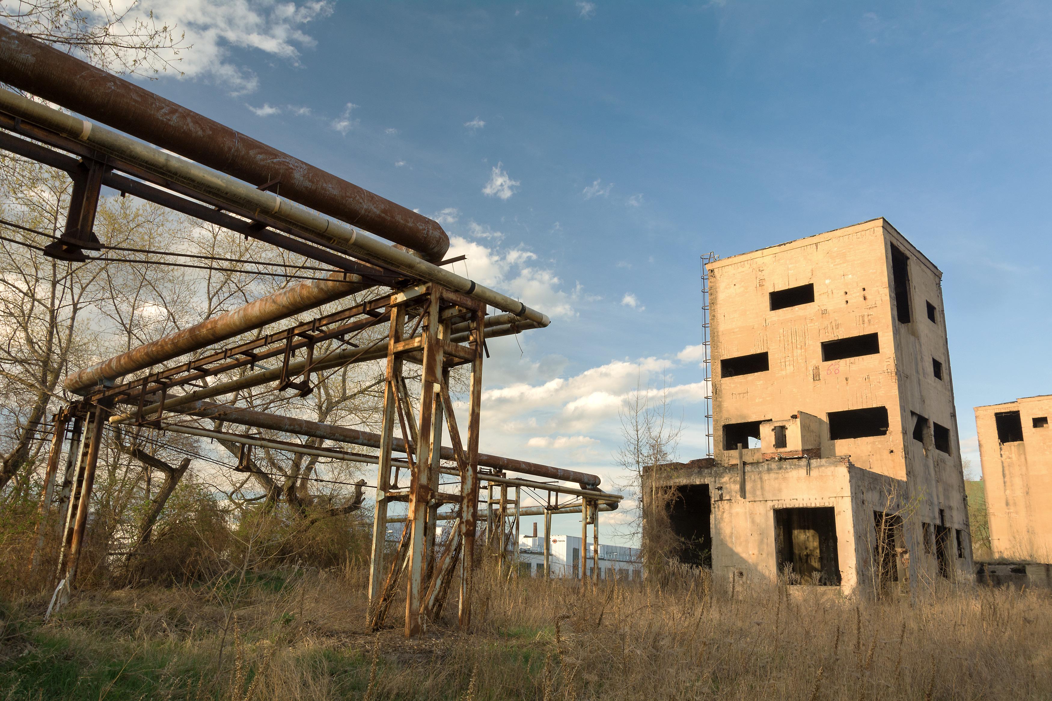 abandoned-factory.jpg